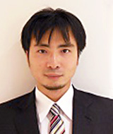 安村俊毅 先生